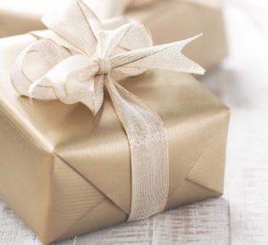 quà tặng cô dâu chú rể